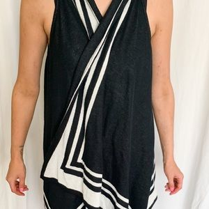 Alfred Sung Sleeveless sweater